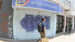 """Kiosqueros rosarinos alertan por cierres masivos y """"pérdida de calidad del trabajo"""""""