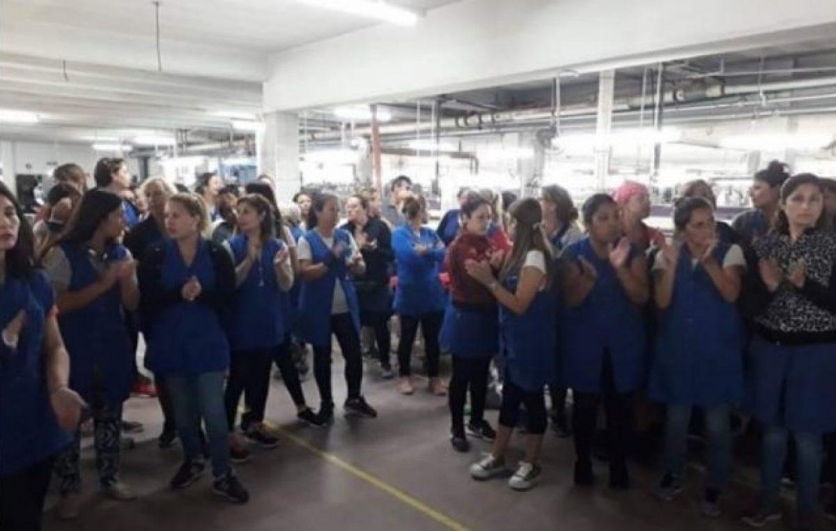 La odisea de mantener la producción: trabajadoras textiles denuncian explotación laboral