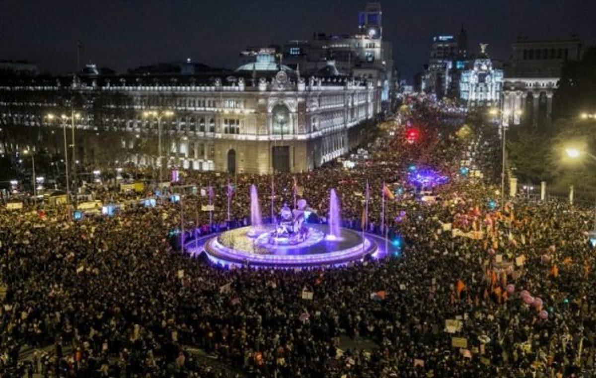 El feminismo impulsa el cambio en España