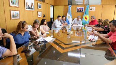 El intendente de Avellaneda acordó un aumento salarial de hasta 46 % para los municipales