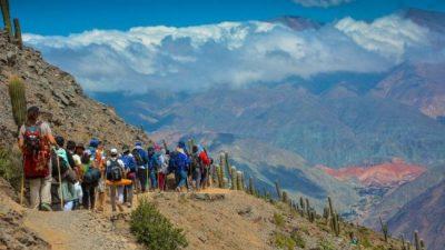 """Cerca de 100 mil personas visitarán a la """"Mamita del Cerro"""""""