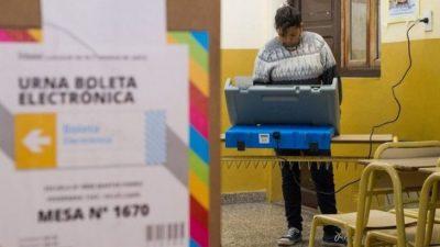 Urtubey desdobló las elecciones en Salta y se votará en octubre y noviembre