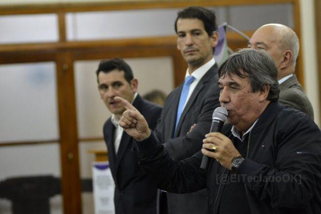 """Rubén García advierte a legisladores e intendentes: """"Nadie nos va a tocar la ley de los municipales"""""""