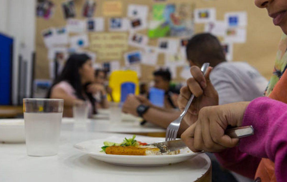 Cada vez más adultos comen en centros comunitarios de Río Cuarto