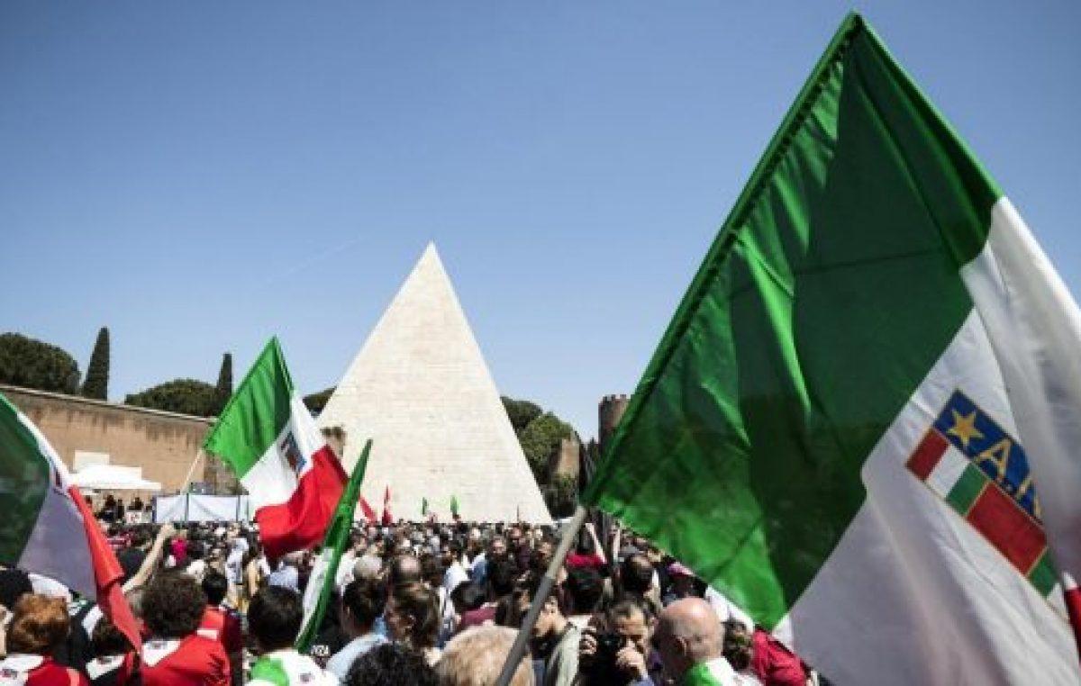 El revisionismo sobre el fascismo divide a Italia