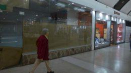 """El negocio inmobiliario también sufre en los """"shoppings"""" cordobeses"""