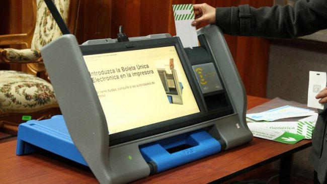 Neuquén: Afirman que el voto electrónico es el peor sistema