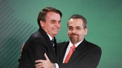 Bolsonaro planea reducir presupuesto para las universidades
