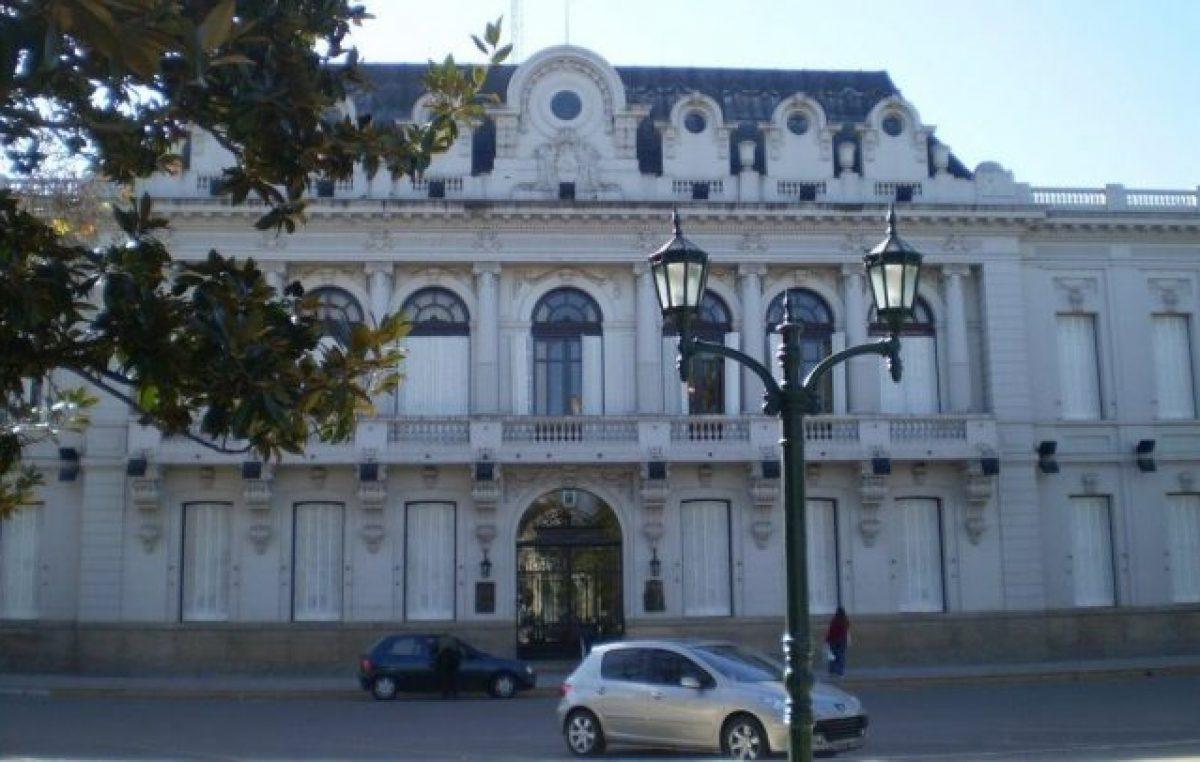 Pehuajó aumenta un 42% el sueldo a empleados municipales