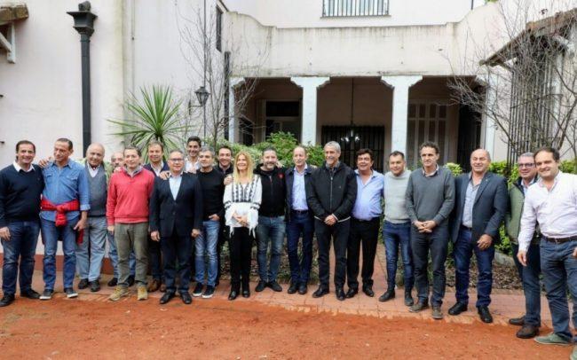 Los intendentes del PJ van a Cañuelas para empezar a debatir la candidatura a gobernador