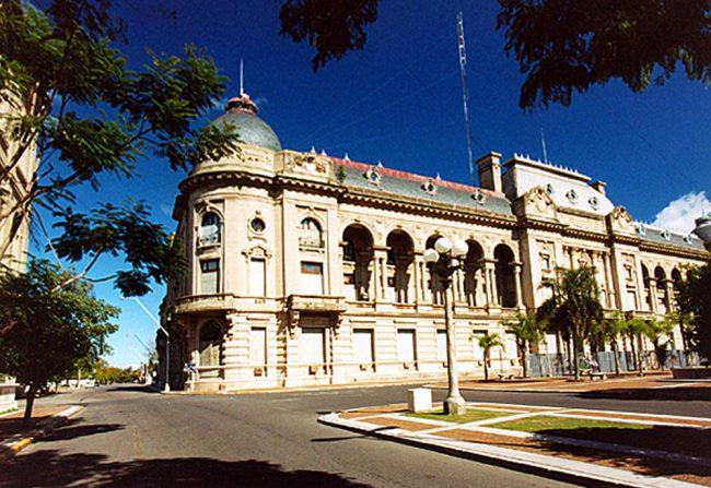 Caída del 32% en la ejecución de fondos nacionales en Santa Fe
