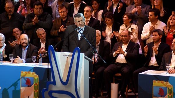Cumbre del PJ con 14 partidos políticos de la oposición