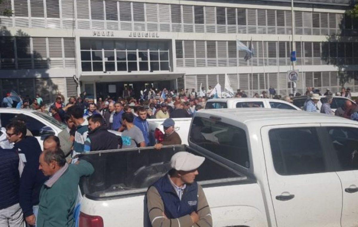 Paraná: Productores agropecuarios amenazan con vaciar las escuelas rurales para no perder hectáreas productivas