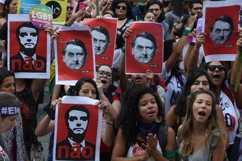 """""""Las medidas de Bolsonaro amenazan los derechos humanos"""""""