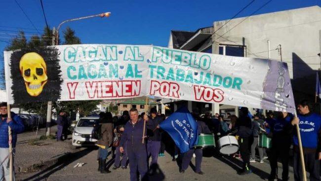 FeSOEM Santa Cruz acompaña el reclamo de los trabajadores municipales de Río Turbio