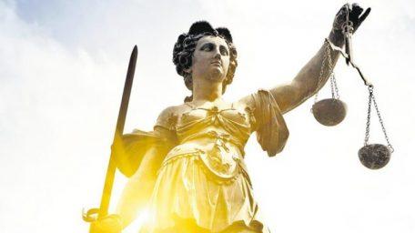 """Sobre """"eliminar"""" la Justicia"""
