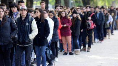 Lapidarias cifras de desocupación: en el lapso de un año se perdieron 30 puestos de trabajo por hora