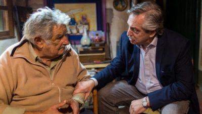 Alberto Fernández visitó a Pepe Mujica: «Vuelvo a encontrarme con un viejo amigo»