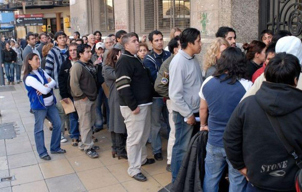 Menos de la mitad de los trabajadores argentinos tiene un empleo formal