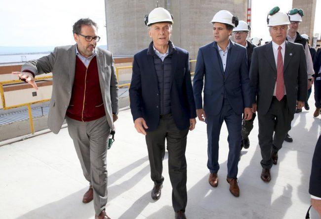 """Macri en Calamuchita: """"blindado"""" en Embalse, abierto en Los Cóndores"""