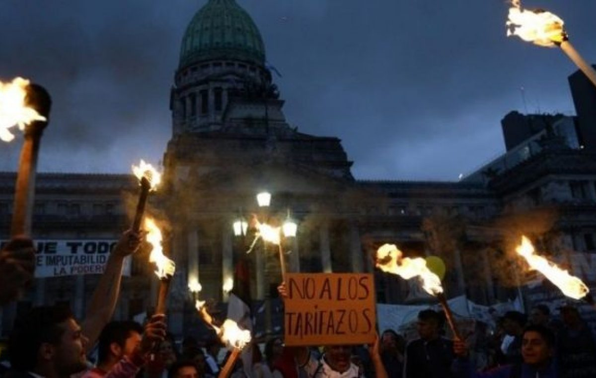 """Crisis por los tarifazos: """"Cada vez más familias no pueden pagar la luz"""""""