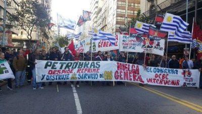 Un Uruguay de calles desiertas