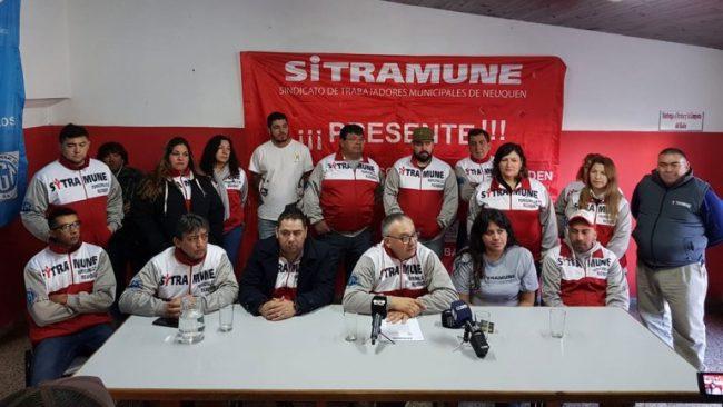 "Municipales de Neuquén denunciarán a Pechi Quiroga por el plan de ""vecinos placeros"""