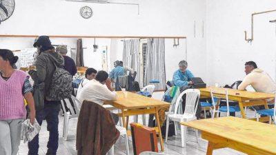 Rosario: Cerca de 50 personas por noche buscan refugio ante el intenso frío