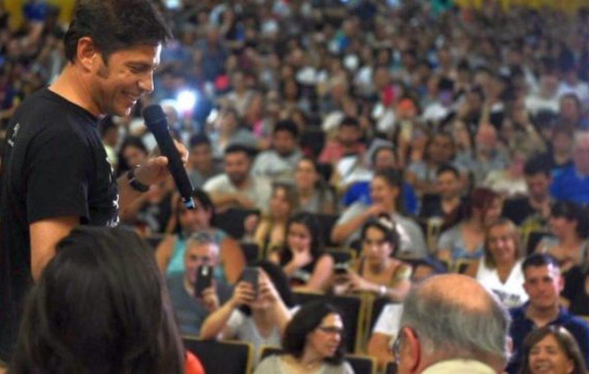 Kicillof prepara una cumbre de intendentes en La Plata para potenciar su campaña