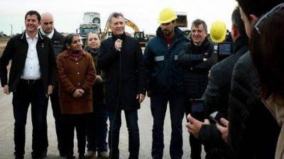 La Justicia le pidió a Macri que deje de usar la obra pública como campaña