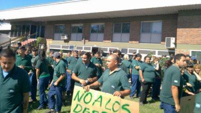 """Empresarios le piden al gobierno poder despedir """"sin causas"""" y apoyan la reforma laboral"""