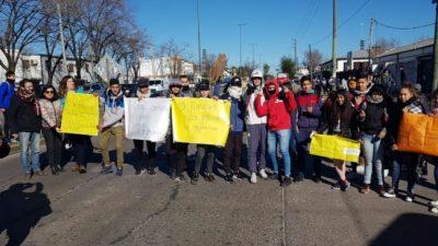 Afirman que la falta de gas afecta a 500 mil alumnos bonaerenses: la Provincia promete obras