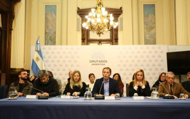 Elecciones limpias: En conferencia de prensa, el PJ bonaerense exigió garantías de transparencia