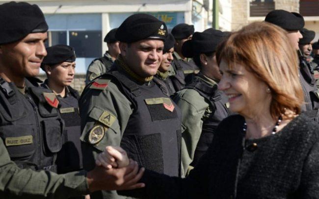 """En medio de la polémica, Bullrich crea un """"suplemento salarial"""" para Gendarmería, Prefectura Naval y Policía Federal"""