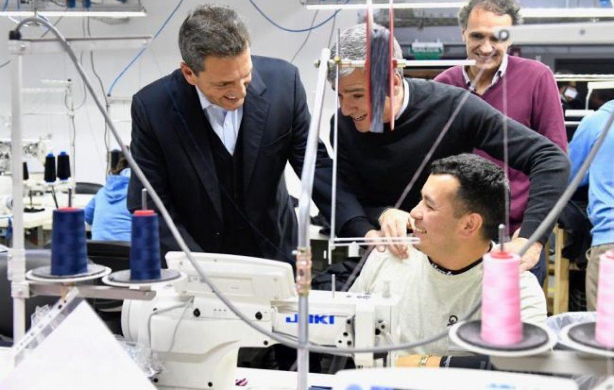 """Massa recorrió Hurlingham con Zabaleta: """"El modelo de Macri deja afuera a 20 millones de argentinos"""""""