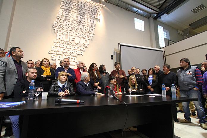 Santa Fe: Se realizó la Cumbre de los Pueblos por la Integración regional