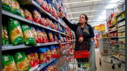 El costo de vida por las nubes: una familia tipo porteña necesitó $30.914 para no ser pobre