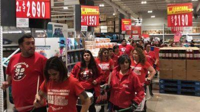 Walmart de Chile paralizado