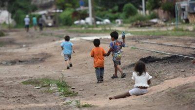 Córdoba: 5 de cada 10 niños son pobres y 1 de cada 10, indigente