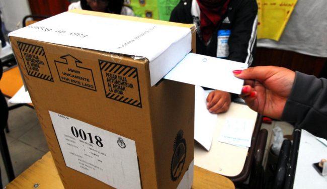 Bariloche elegirá intendente entre 12 candidatos