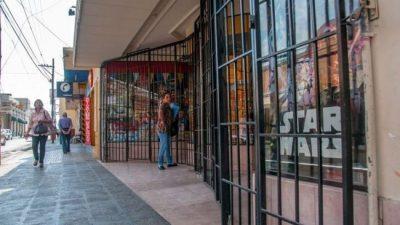 Alerta por la suba del dólar: comercios cerrados y proveedores sin precios de referencia