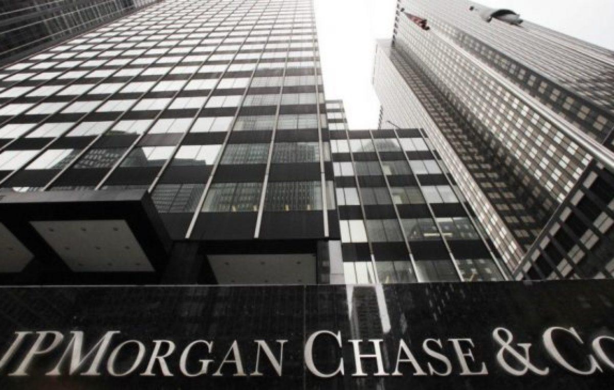 País en riesgo: el índice del JP Morgan se disparó a 1709 puntos