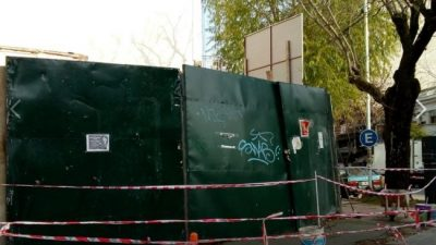 Grave denuncia: vecinos de Versailles resisten al avance de las torres de Larreta