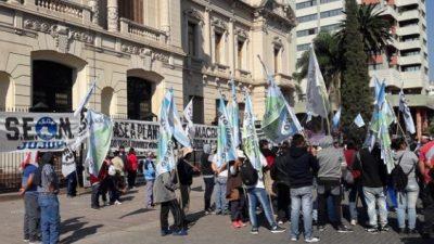 Paro y marcha de municipales jujeños el miércoles en reclamo de mejoras salariales