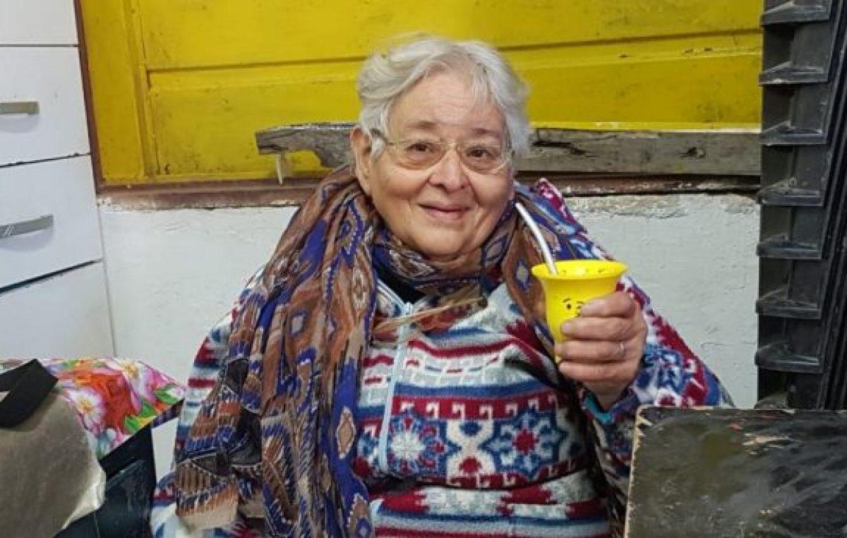 Doña Mecha, a sus 79 años abrió un merendero en Río Primero