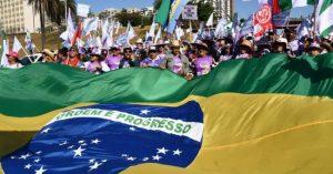 Lula respaldó la marcha de las mujeres en Brasilia