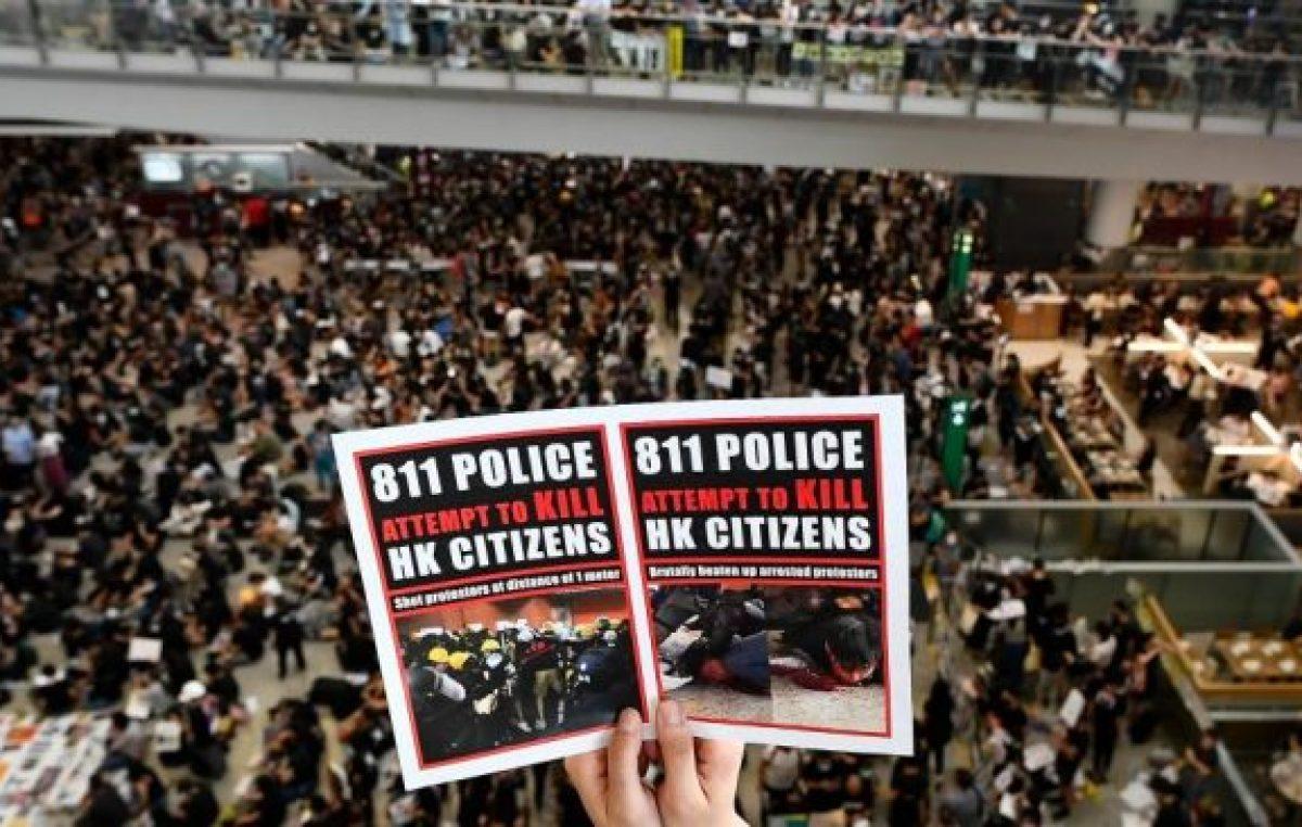 El aeropuerto de Hong Kong canceló todos los vuelos por la protesta