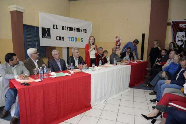 """El PJ """"seduce"""" a radicales disidentes en seis municipios mendocinos"""