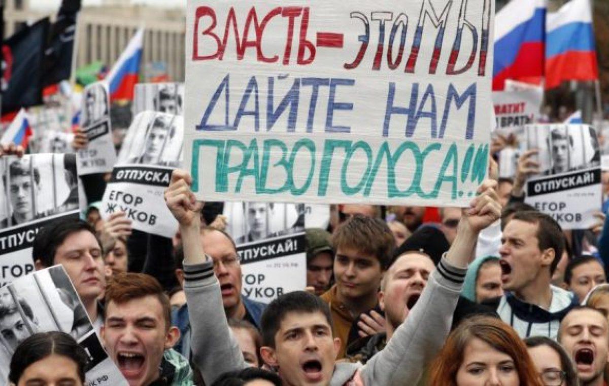Para que Putin escuche y los deje votar