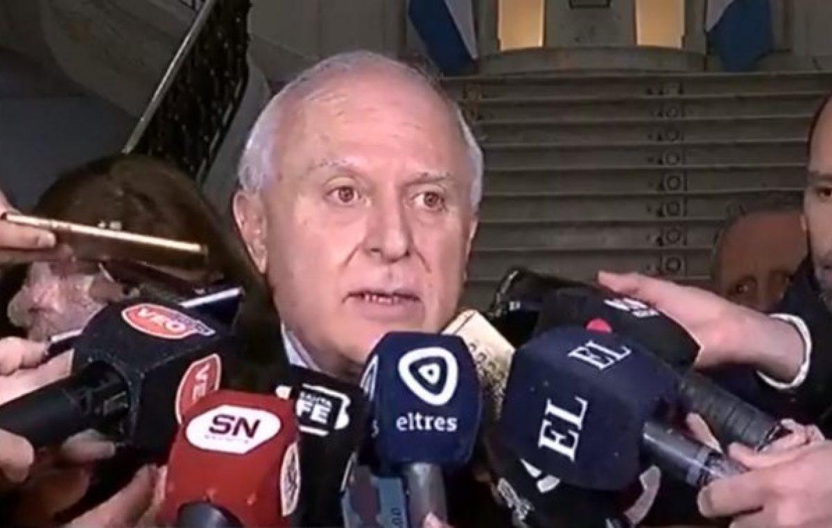 Lifschitz alertó sobre el riesgo de «emergencia sanitaria» porque el país está en una espiral negativa